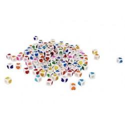 Perle plastique forme cube motif coeur coloris assortis...