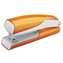Agrafeuse esselte mini métal coloris orange métallisé